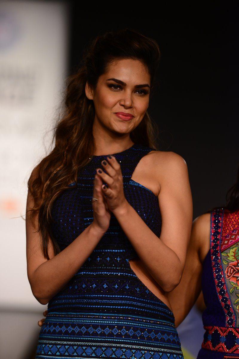 Lakme Fashion Week Winter/Festive 2014 Photos - Esha Gupta