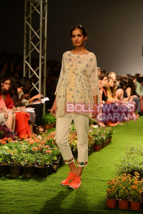Fashion Show 2015 Spring Summer India Asia s biggest fashion and