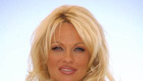 Big Boss 4 Pamela Anderson is happy to meet the inmates – Video