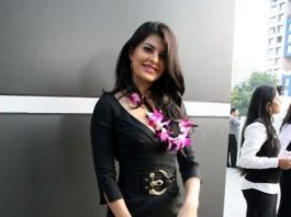 Jacqueline Fernandez Photo Gallery – Exclusive Photos of the Murder 2 Actress
