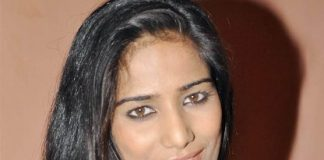 Poonam Pandey to go at least partially covered in Bigg Boss 5?