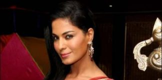 Veena Malik not playing sex worker in 'The Dirty Picture' south remake