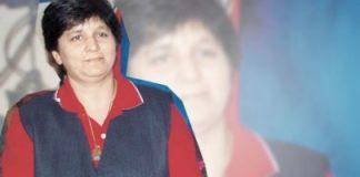Falguni Pathak brings Navratri feel to KBC 6