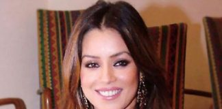 Mahima Chaudhary to play host for poetry show