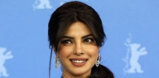 Farhan Akhtar advises Priyanka against getting stereotyped