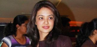 Vikram Bhatt ropes in Surveen Chawla for Hate Story sequel