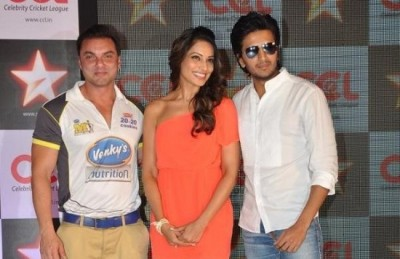 celebrity cricket league bipasha basu