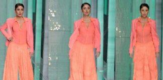 Kareena Kapoor burns up the ramp at 2013 Lakme Fashion Week