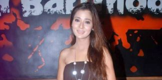 Sara Khan next to do item song