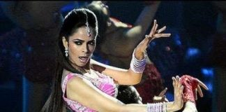 Mallika Sherawat receives warrant in alleged obscenity case