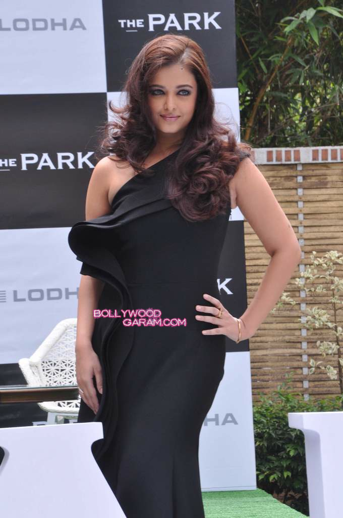 Aishwarya Rai Lodha launch-4