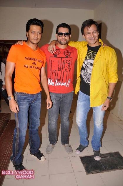 Bollywood Garam Exclusive-1