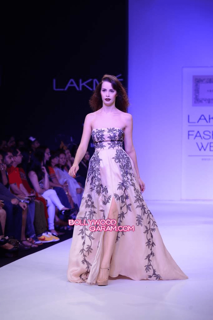 Lakme Fashion Week - Snehla-7