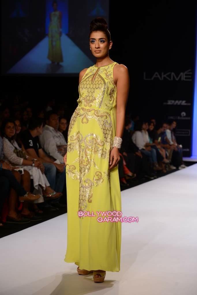Rana Gill LFW 2013-6