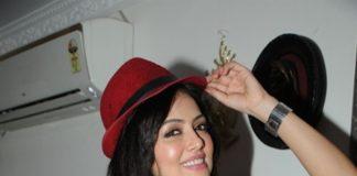 Sana Khan celebrates birthday with TV industry friends