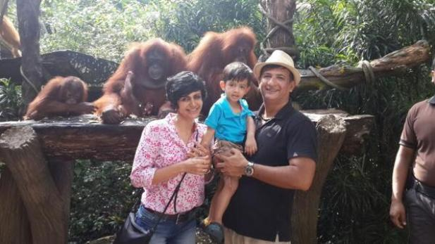 Mandira Bedi and Family at Singapore Zoo