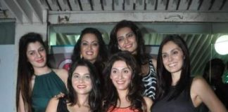 Grand Masti actresses hang out at Yogurtbay