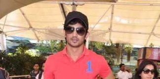 Sushant Singh Rajput photographed at Mumbai airport