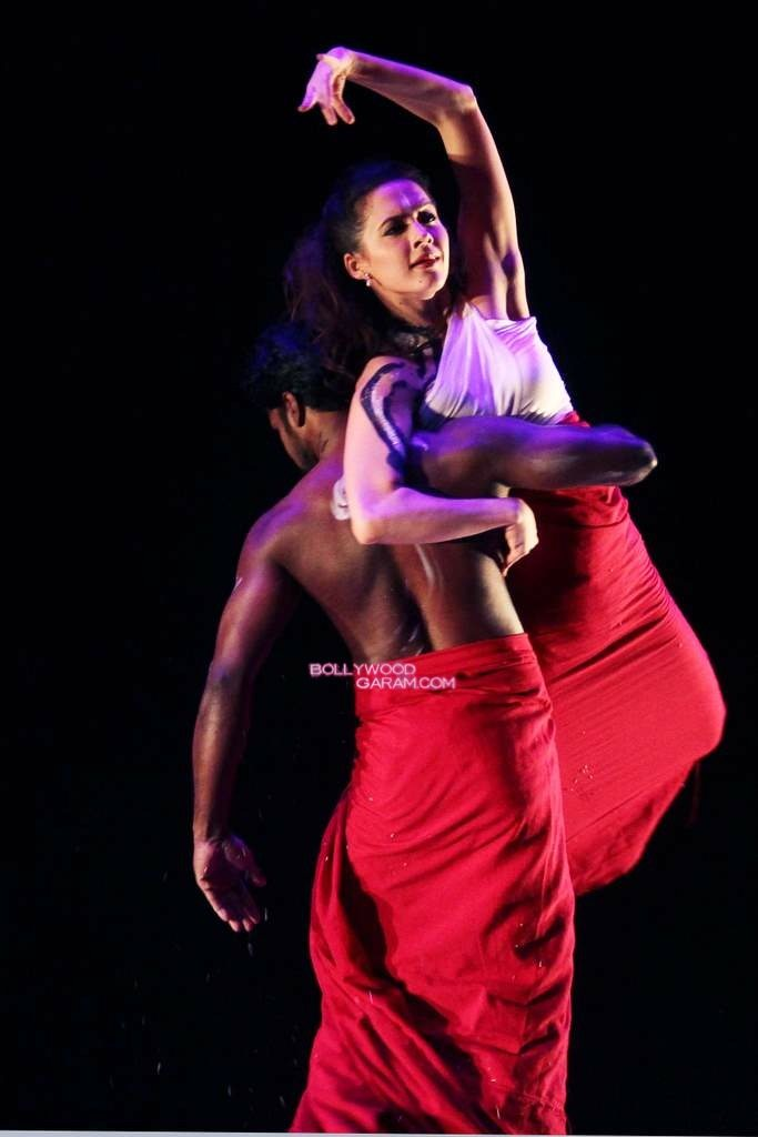 Isha Sharwani Dance-9