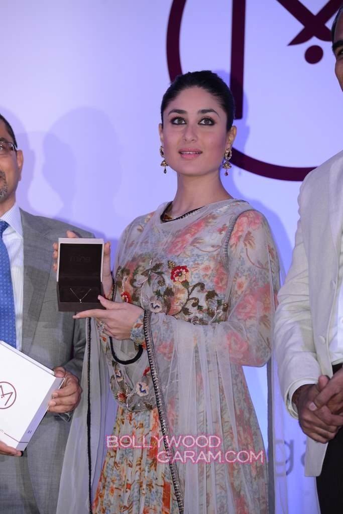 Kareena Kapoor Khan jewelry launch-4