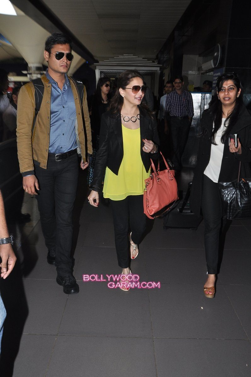SRK Madhuri and Jacqueline at airport-8
