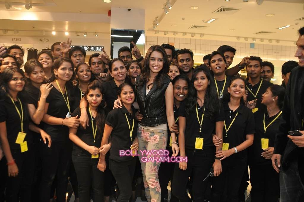 Shraddha Kapoor Forever 21 store launch