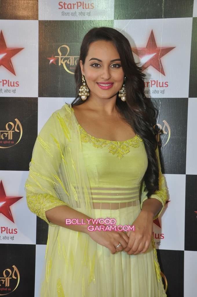 Sonakshi Sinha Diwali Star Plus-2