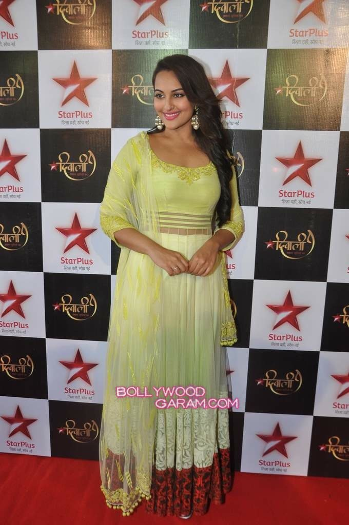 Sonakshi Sinha Diwali Star Plus