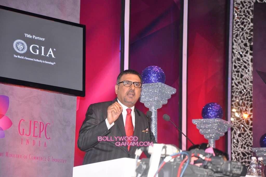 Sonam Kapoor India Gem and Jewellery Awards-6