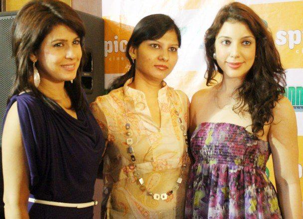 amrita raichand, megha agarwal and anisa at a Baat Bann Gayi promotion