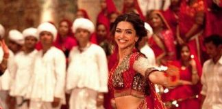 Deepika Padukone avoids being pelted with eggs and tomatoes by protesters