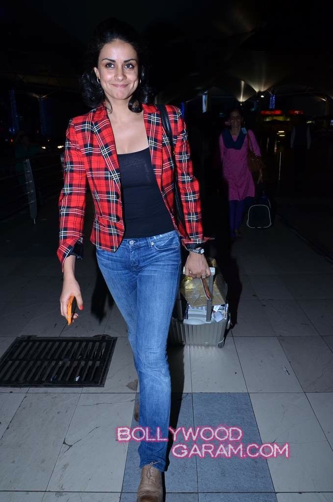Airport Celebs-2