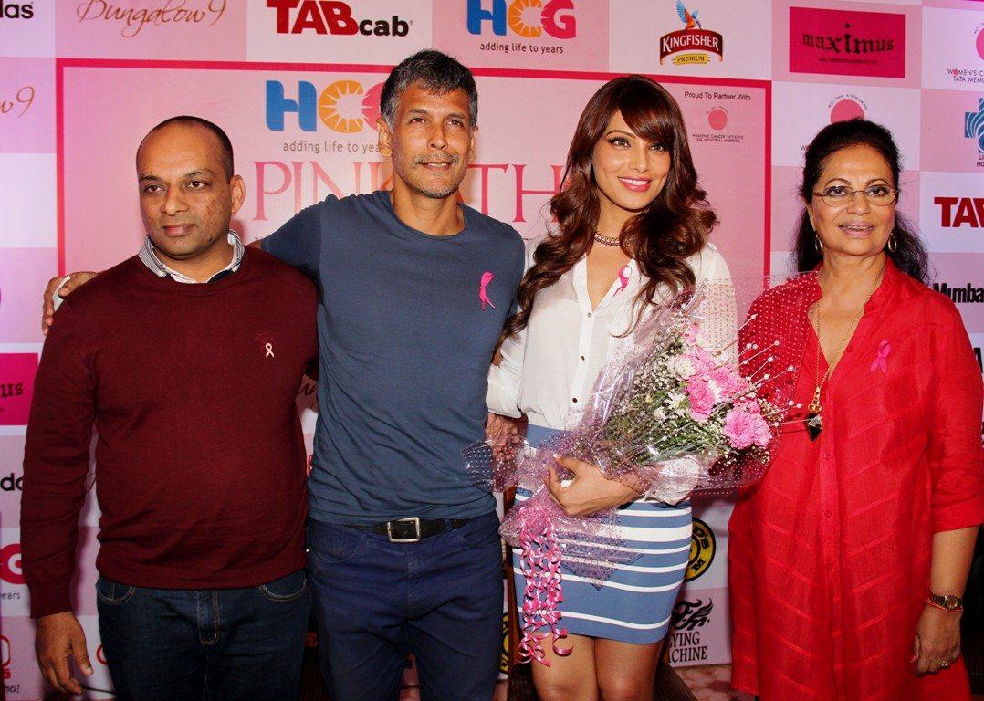 At the annoucement of the 10000th registration Dinesh Mehta, HCG, Milind Soman, Pink Sister Bipasha Basu and Deveika Bhojwani