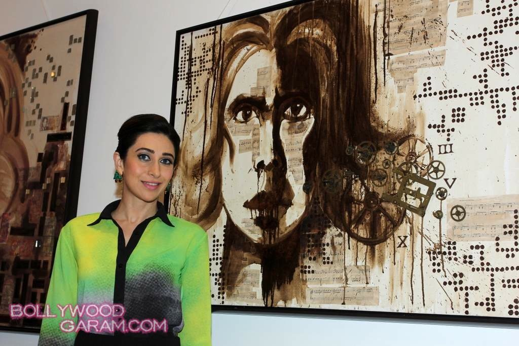 Karisma Kapoor painting exhibition 2013-2