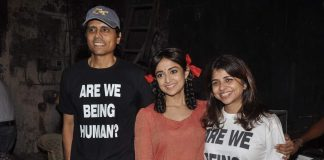 Nagesh Kukunoor, Monali Thakur and Kailash Kher on the sets of Lakshmi