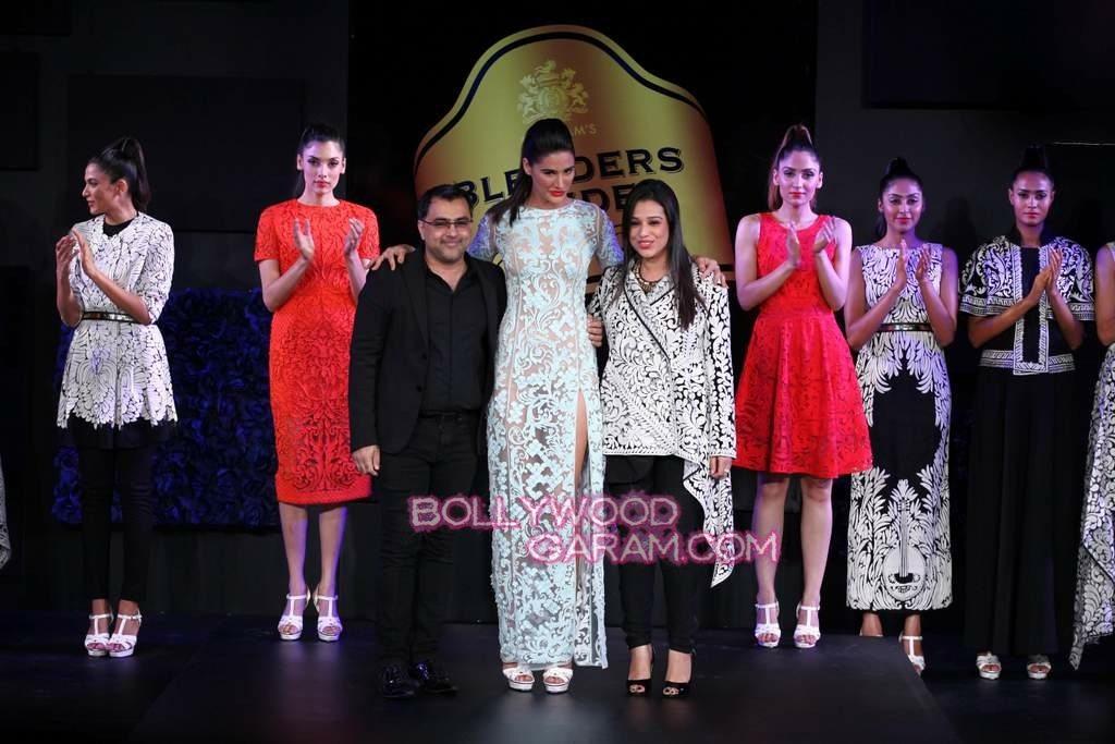 Nargis Fakhri Blenders PRide 2013-1