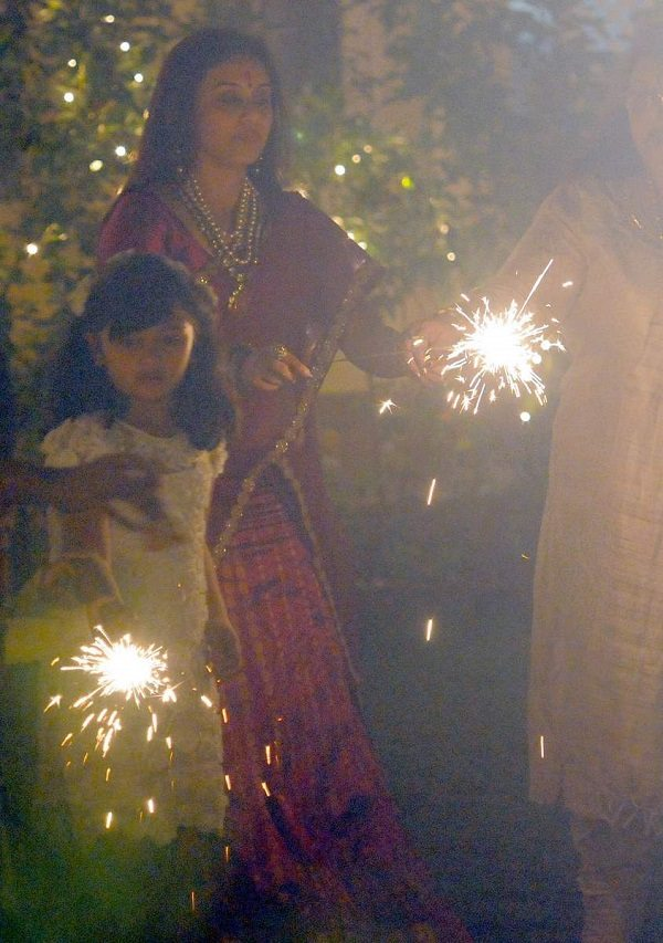 Rani Mukerji celebrates Diwali with Chopra family 2