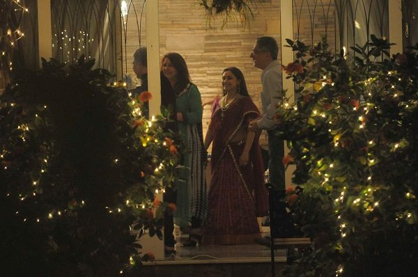 Rani Mukerji celebrates Diwali with Chopra family