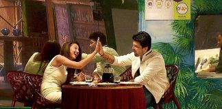 Kushal Tandon proposes to Gauhar Khan on Bigg Boss 7