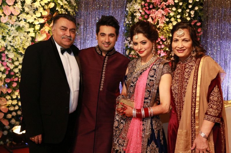 Stars Attend Aamna Sharif And Amit Kapoors Wedding Reception