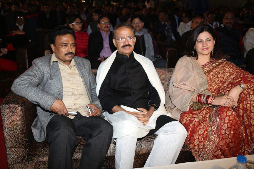 Bhojpuri awards 2013 (1)