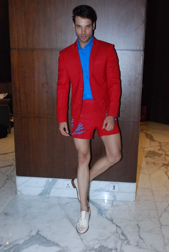 Fashion fittings (2)