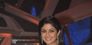 Shilpa Shetty sizzles in Gujarati look on Nach Baliye