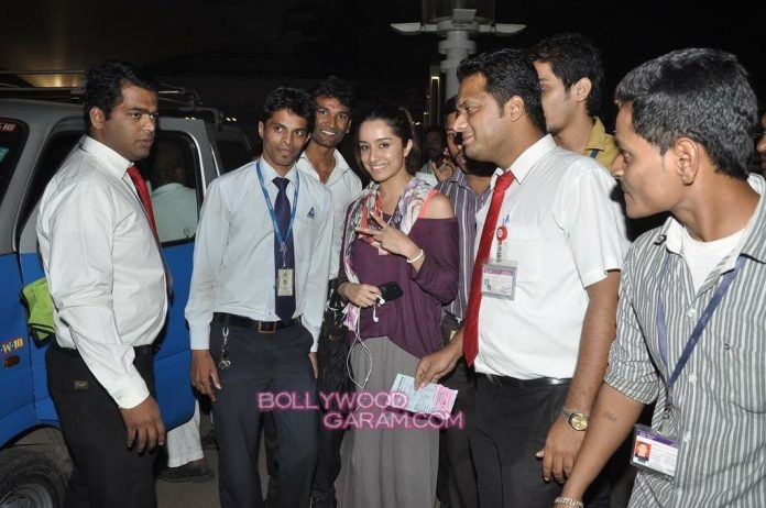 Shraddha Kapoor airport-1