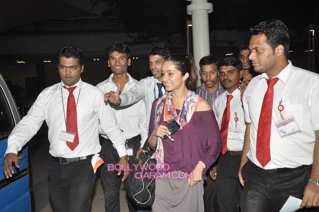 Shraddha Kapoor airport-3