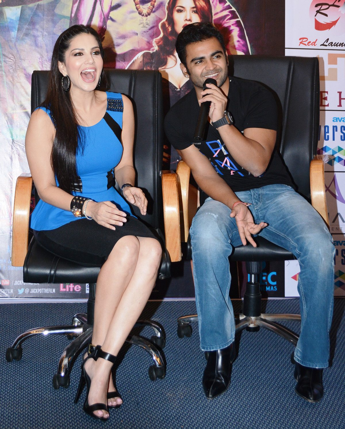 Sunny Leone and Sachiin Joshi at Jackpot press con 1