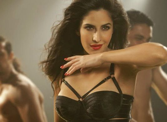 Katrina Kaif sizzles in Kamli video for Dhoom 3