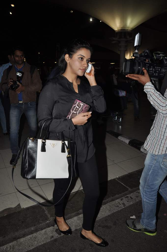 Airport celebs (1)