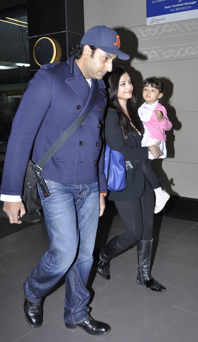 Aishwarya and Abhishek (2)