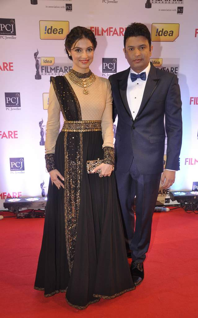 Bhushan Kumar & Divya walked the Red Carpet at the 59th Idea Filmfare Awards 2013 at Yash Raj